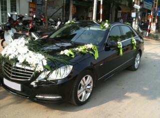 Cho thuê xe cưới Mercedes E250